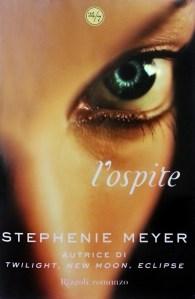 Copertina romanzo Stephenie Meyer, L'ospite
