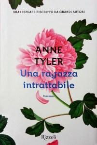 Copertina romanzo Una ragazza intrattabile di Anne Tyler